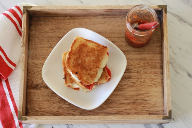 tomato-jam-and-grilled-cheese